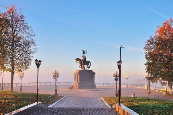 Набережная Клязьмы в утреннем тумане