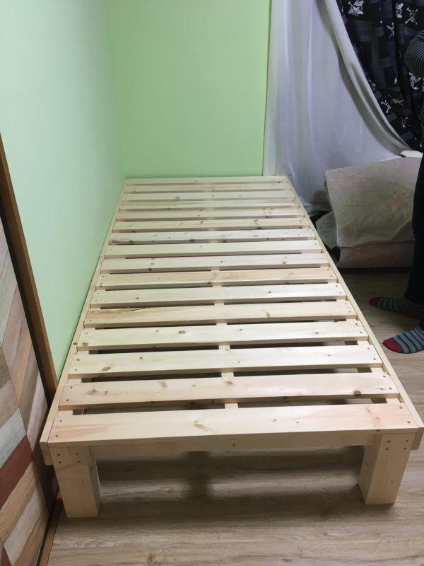 ベッド自作 Spf材で子供達のベッドをdiyしてみた ちゅうたイズム ベビーベッド Diy ベッドフレーム Diy ベッド