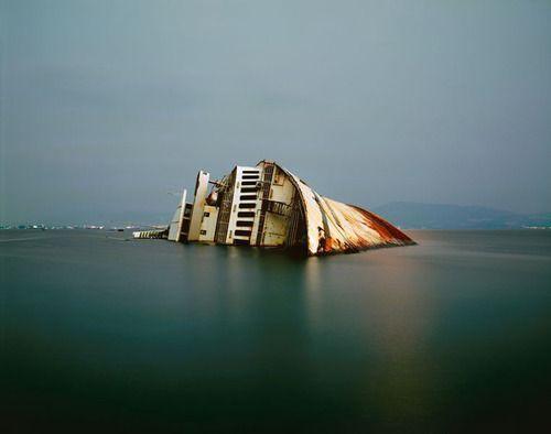 From Paris to London — artmastered: Nikos Markou, Shipwreck, 2004