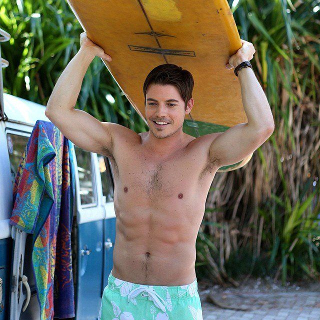 Pin for Later: 40 Superhot Male Stars You Should Follow on Instagram Josh Henderson Follow here: @joshhenderson