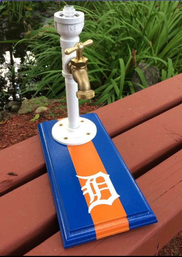 Go Tigers! This custom built whisky jack is a one of a kind! Check us out on Facebook @whiskyjackcompany