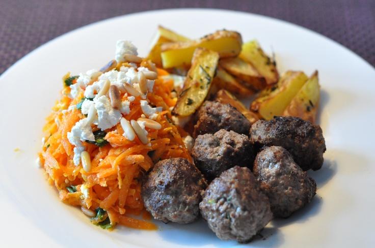 Mediterranean meatballs (beef), baked potatoes, carot salad x feta/coriander/pine nuts