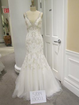 Sophia Moncelli For Kleinfeld Kollection 13003 Wedding Dress. Sophia Moncelli For Kleinfeld Kollection 13003 Wedding Dress on Tradesy Weddings (formerly Recycled Bride), the world's largest wedding marketplace. Price $3800.00...Could You Get it For Less? Click Now to Find Out!