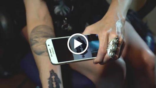 Мастер из США придумал татуировки, которые можно слушать