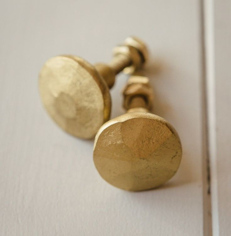 Cabinet Knob   Hammered Brass