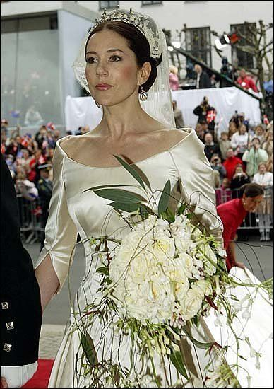 Crown Princess Mary: Royals Bride, Danishes Royals, Wedding, Crowns Princesses Mary, A Royalty, Beautiful Bride, Royals Fashion, Bride Princesses Royals, Royals Families