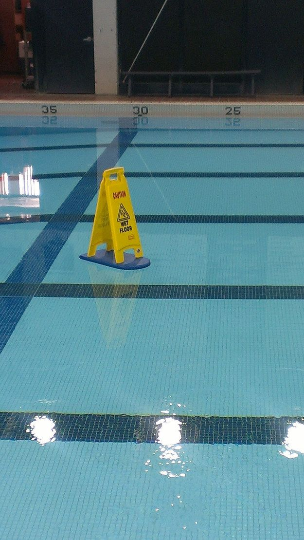 Can't really be trusted around wet floors. | 27 Things Clumsy People Simply Cannot Do