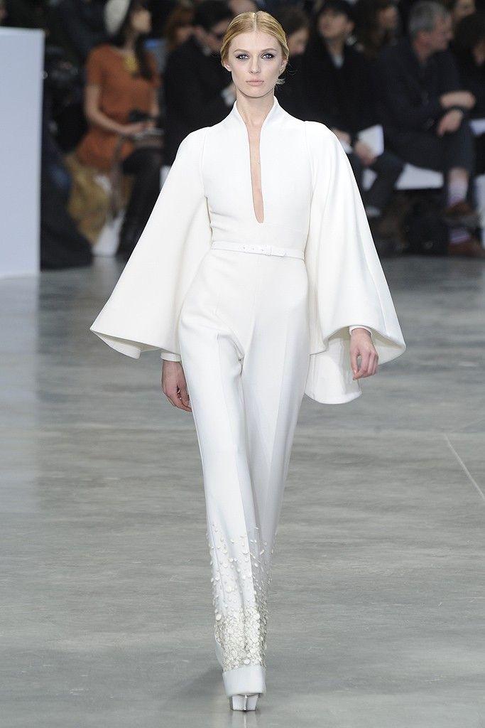 White Cape shape top Jumpsuit Stéphane Rolland Spring Summer Couture 2013 #HauteCouture #HC #Fashion