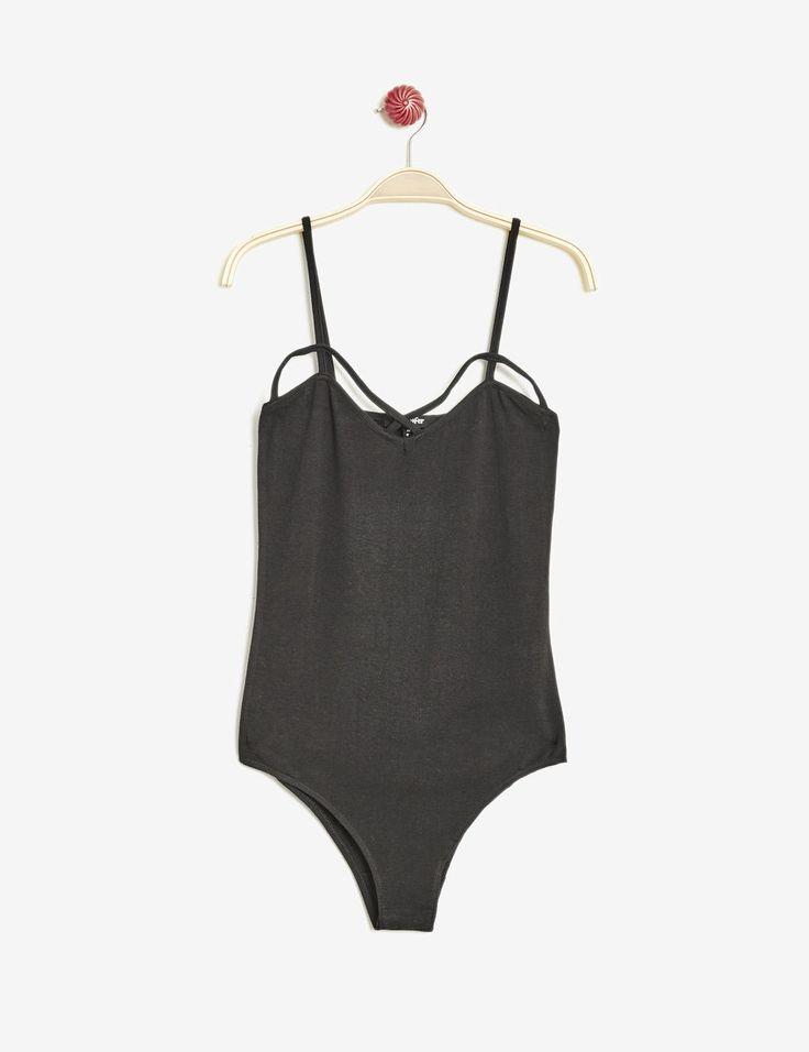 body fines bretelles noir - http://www.jennyfer.com/fr-fr/vetements/tops-et-tee-shirts/body-fines-bretelles-noir-10012333060.html