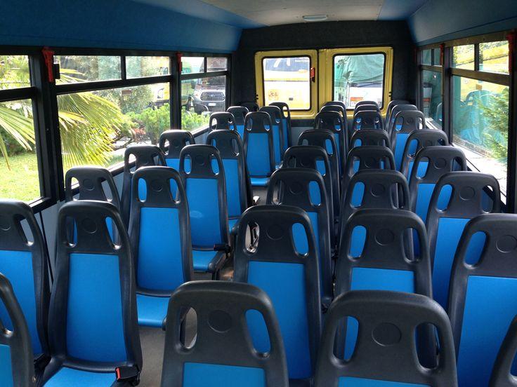 Siamo stati la prima ditta a proporre il servizio scuolabus a Vicenza. Attualmente disponiamo di 9 veicoli per il trasporto scolastico.