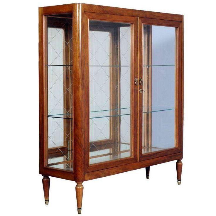 Best 25+ Modern display cabinets ideas on Pinterest   Mid ...