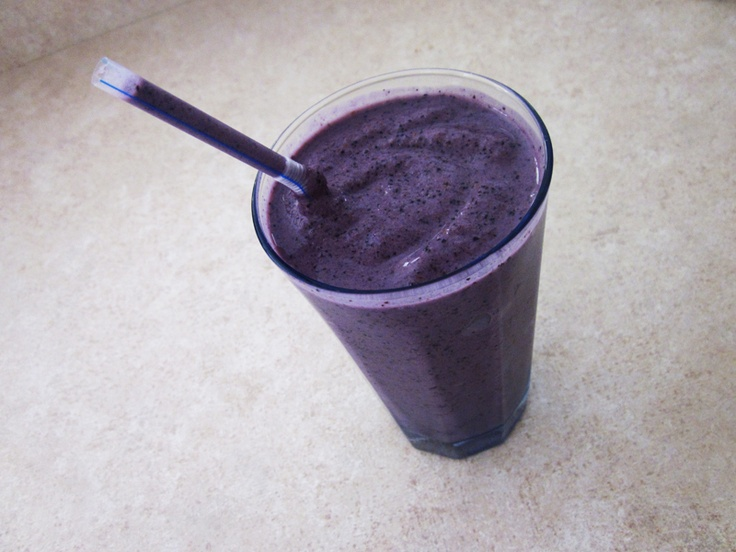 The very best vanilla blueberry smoothie recipe (if I do say so myself ...