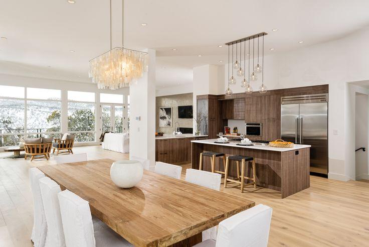 A #living with a view! #bathdesign #interiordesign #mastelladesign #furniture #spotted #aroundtheworld #interiors #homedecor #snow #landscape