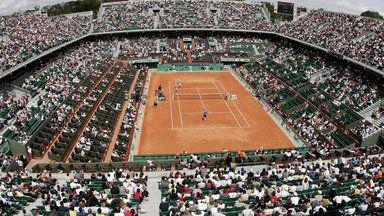 French Open 5 июня полуфиналы: Tsonga - Wawrinka Djokovic - Murray Я, Олег Офицеров, затрудняюсь определить победителей, хотя и сам играю в теннис.