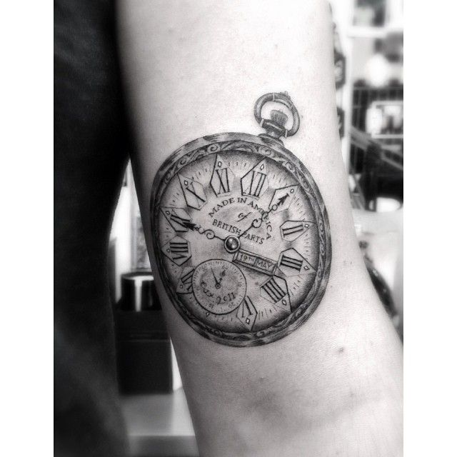 Dr. Woo, a tattoo artist in LA who focuses on the details. This is amazing.