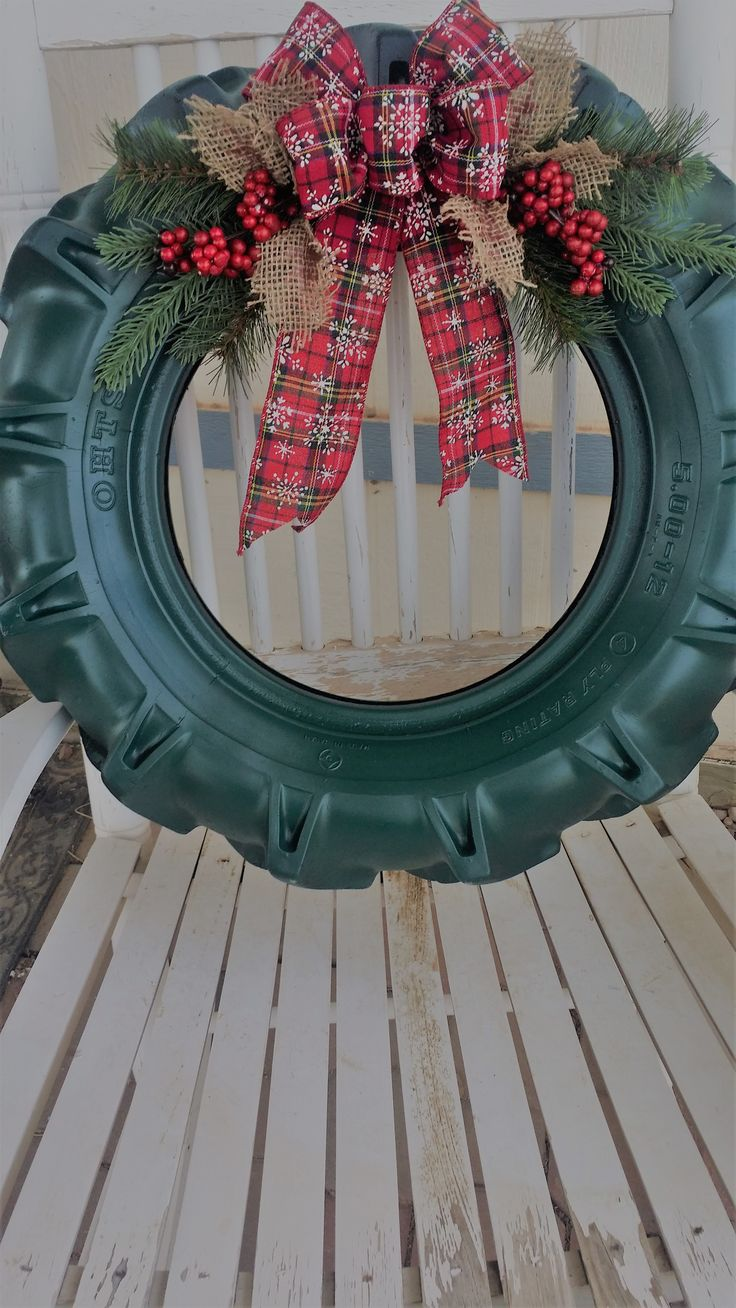 Tractor Tire Wreath Country Christmas Decorations