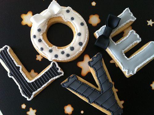 Vintage Love Cookies