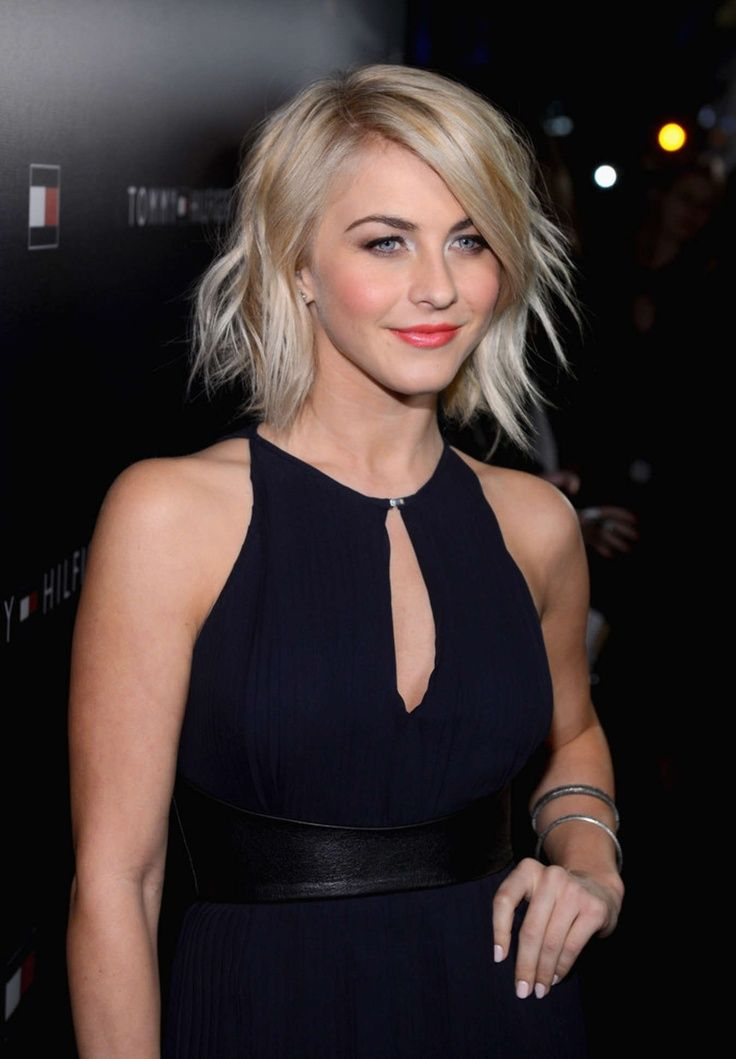 Julianne Hough, love the relaxed/sassy feel of this haircut and the way it's styled.  Going back to the or Fall/winter!