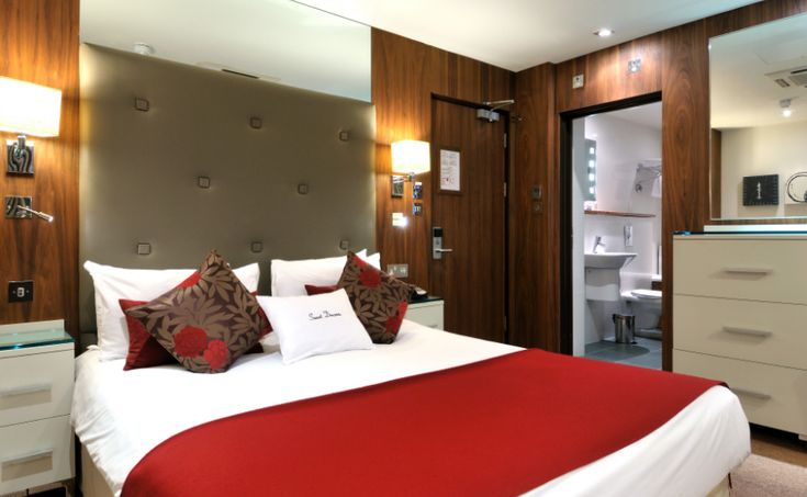 Partitioning contractors for luxury hotels in London: where to find the best experts for your next project?