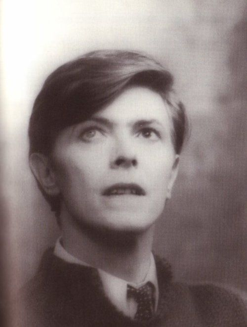 david-bowie-is-a-reservoir-dog:  I haven't seen this picture in ages!    He has the most impossibly beautiful eyes.