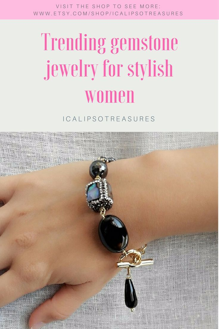 Beaded bracelet with natural gemstones like onyx, labradorite and hematite is perfect as Christmas or birthday trending jewelry gift for her, your mom or your girlfriend will love it. Visit the shop to see more.