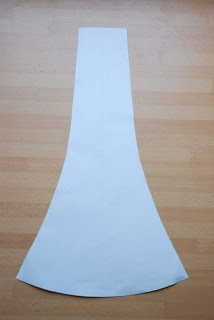 Trumpet Gored skirt tutorial....gives you the math to create the pattern piece.