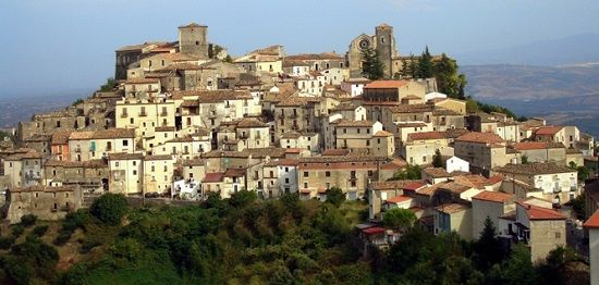 Discover the medieval town of Altomonte
