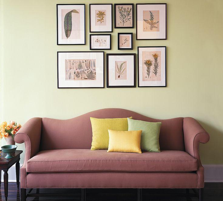 Домашняя фото-галерея: различные варианты расположения фотографий, картин и постеров на стене, выбор рам, схемы размещения фото