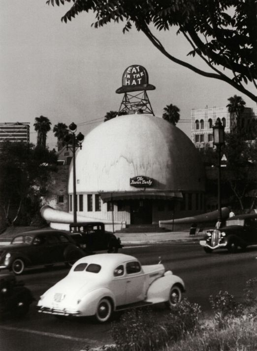 The Brown Derby Restaurant on Wilshire Boulevard in Los Angeles, by John Swope (ca. 1939)