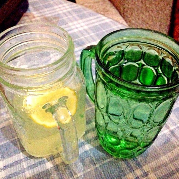 Manfaat minum perasan lemon dengan air hangat bermanfaat baik untuk pencernaan detoksifikasi kesehatan tenggorokan mengurangi stress dan membuat kulit tubuh menjadi bersih. #season1session8    #goodtoshare #formygood #fyi