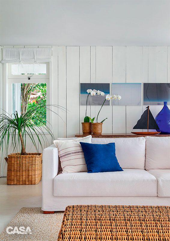 Casa Em Búzios Tem Uma Irresistível Atmosfera Rústica. Home Interior DesignCoastal  DecorCoastal StyleModern LivingBeach HousesRoom ... Part 94