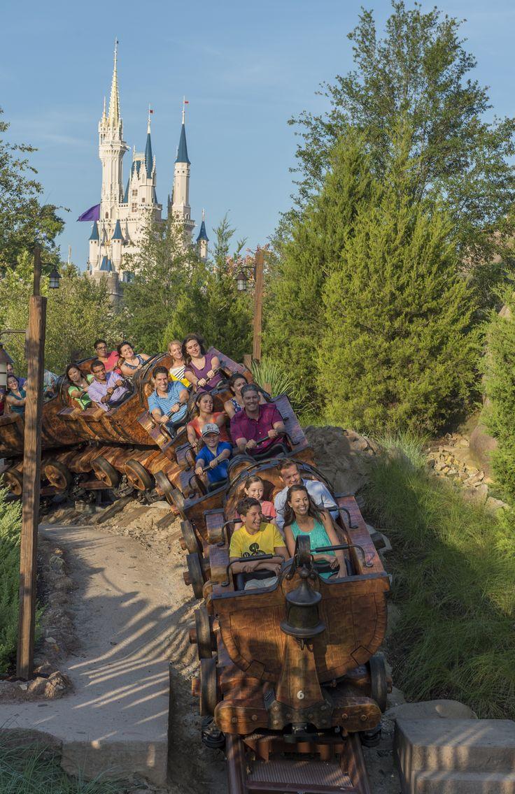 Snow White and the seven dwarfs rollercoaster at #DisneylandParis.
