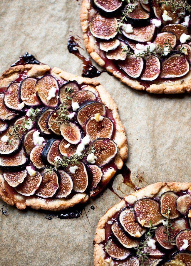 Fig Tartlets with herbs and honey by erin at yummy supper blog. #Dining #Ideas