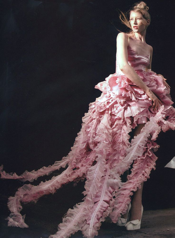 ♥ Romance of the Maiden ♥  Jade Parfitt, in Rochas, by Kristian Schuller for Tatler Dec 2003.  This looks like something from Princess Jellyfish.
