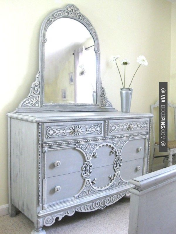 I love this dresser -- I have to find one like this and I can create it with chalk paint... Anyone know of a dresser like this?