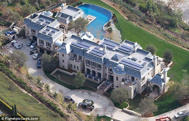 Gisele Bundchen and Tom Brady's $20million mansion in California. Their neighbours will include Arnold Schwarzenegger and Heidi Klum and her singer husband Seal.