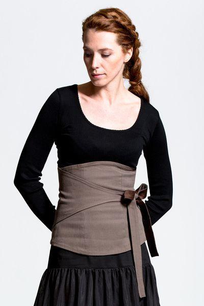 Corsagengürtel Little Geisha mocca stripes - Corsagen von varietevankroen - Nierenwärmer & Cacheurs - Gürtel & Nierenwärmer - DaWanda