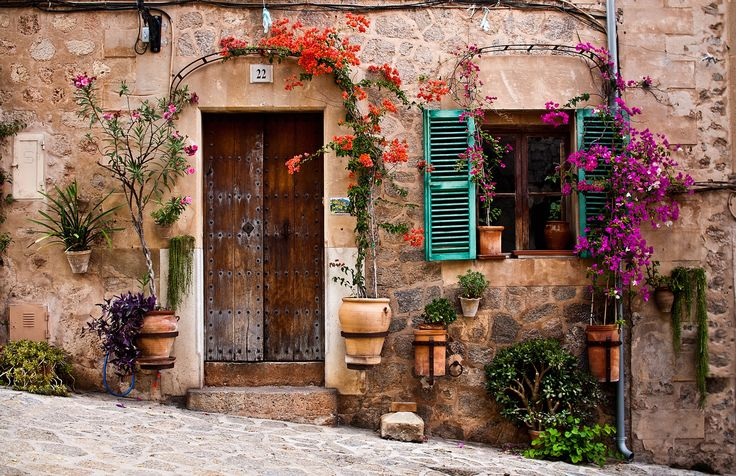 Valldemosa faces by Andrés Nieto Porras on 500px