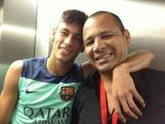 Neymar jr con suo Papá