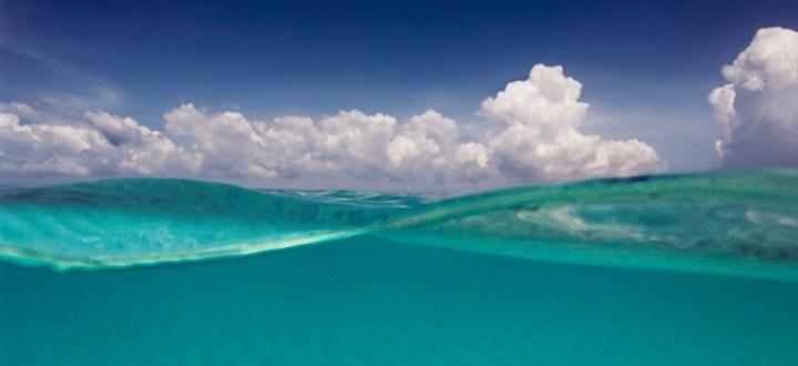 Google Image Result for http://www.abercrombiekent.co.uk/tanzania/zanzibar/images/Fundu-Lagoon-wave.jpg