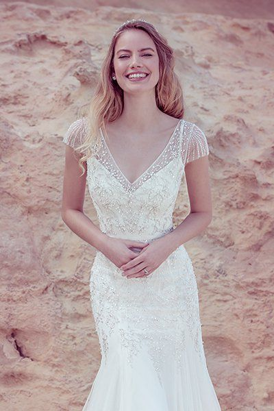 Find the Perfect Wedding Gown to Match Your Street Style