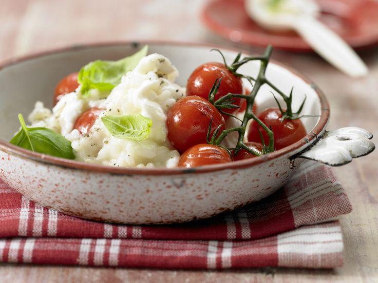 Risotto mit Tomaten - und Mozzarella - smarter - Kalorien: 569 Kcal - Zeit: 45 Min. | eatsmarter.de