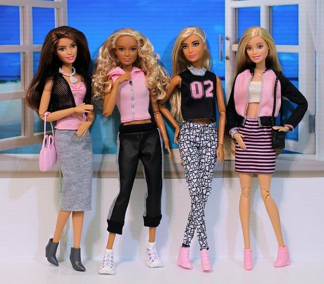 Pink Black And Grey Fashion Pack Collection In 2020 Diy Barbie Clothes Barbie Fashionista Barbie Fashion