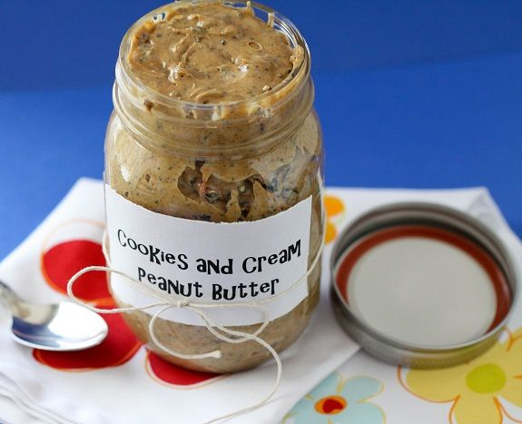 cute study helper gift... mashed oreos + melted white choc chips + peanut butter: Peanuts, Recipe, Cookies And Cream, Healthy Eating, Cream Peanut, White Chocolates Chips, Mason Jars, Peanut Butter, Oreo Cookies