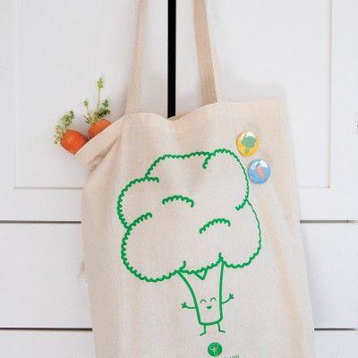 broccoli tote bag by queeniescards.com