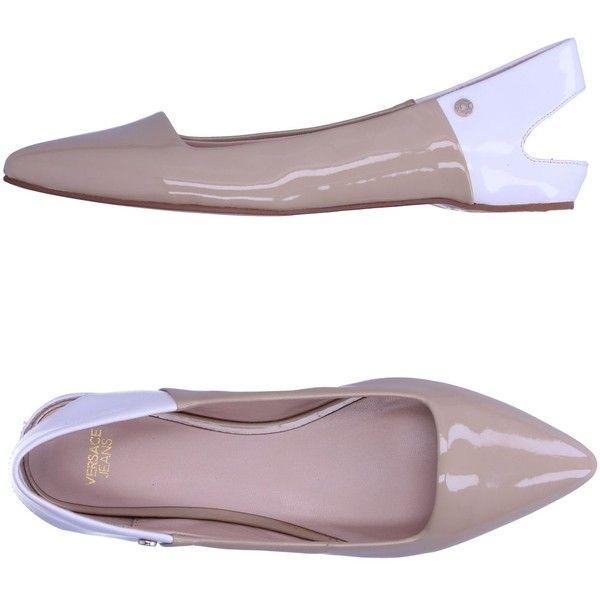 Versace Jeans Ballet Flats (€155) ❤ liked on Polyvore featuring shoes, flats, beige, ballet pumps, ballet flat shoes, flat slingback shoes, versace flats and flat slingbacks