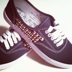 Create these adorable edgy studded sneakers for just over $15! Simple tutorial included.