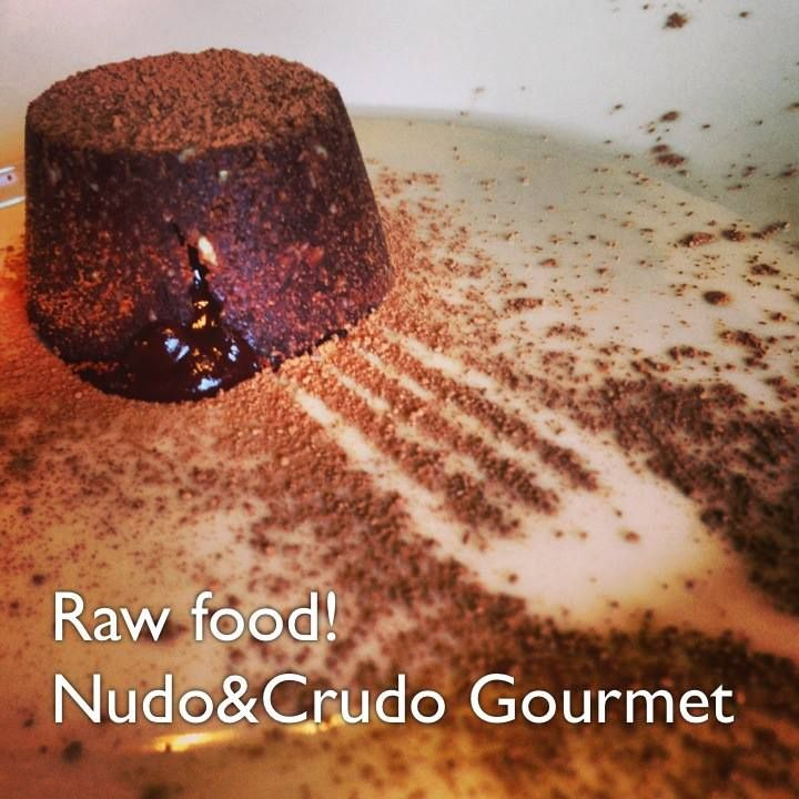 The magic of a warm chocolate heart... #wheatfree #eggfree #dairyfree #sugarfree #joypacked. No #oven involved either. Until the 26th of August you can grab your 30% discount coupon valid for all Nudo's workshop in London and in Italy. You don't want to miss that! http://on.fb.me/13X3eEd