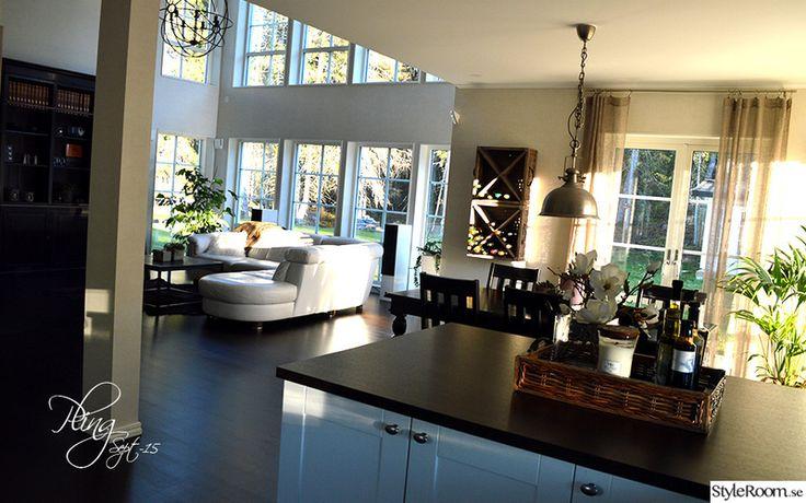 öppen planlösning kök/vardagsrum,högt till tak,myresjöhus,mörka golv