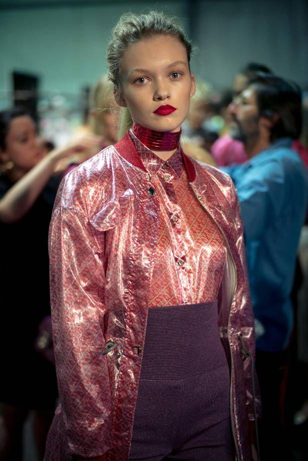 Bomber in lurex rosa Trussardi fashion week milano